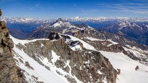 Arête sommitale du Grand Paradis · Alpes, Massif du Grand Paradis, Valsavarenche, IT · GPS 45°31'1.31'' N 7°16'6.07'' E · Altitude 4061m