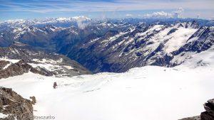 Arête sommitale du Grand Paradis · Alpes, Massif du Grand Paradis, Valsavarenche, IT · GPS 45°31'1.32'' N 7°16'6.07'' E · Altitude 4061m