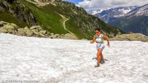 Marathon du Mont-Blanc · Alpes, Aiguilles Rouges, Vallée de Chamonix, FR · GPS 45°56'37.84'' N 6°51'4.06'' E · Altitude 2006m