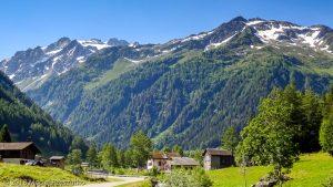 Trient · Alpes, Massif du Mont-Blanc, Vallée de Chamonix, FR · GPS 46°3'13.16'' N 6°59'37.30'' E · Altitude 1285m
