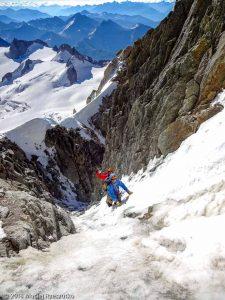 Couloir d'accès au Col du Diable · Alpes, Massif du Mont-Blanc, FR · GPS 45°51'14.92'' N 6°53'35.85'' E · Altitude 3955m