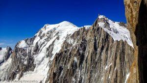 Mont Blanc et Mont Maudit depauis la Brèche Médiane · Alpes, Massif du Mont-Blanc, FR · GPS 45°51'15.80'' N 6°53'33.03'' E · Altitude 4017m