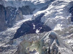 La Jonction · Alpes, Massif du Mont-Blanc, Vallée de Chamonix, FR · GPS 45°52'36.39'' N 6°51'25.75'' E · Altitude 2589m