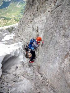 Descente par la voie normale · Alpes, Préalpes de Savoie, Chaîne des Aravis, FR · GPS 45°57'20.95'' N 6°33'6.48'' E · Altitude 2432m