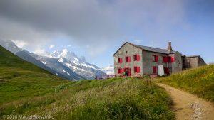 Col de Balme · Alpes, Massif du Mont-Blanc, Vallée de Chamonix, FR · GPS 46°1'36.46'' N 6°58'12.81'' E · Altitude 2208m