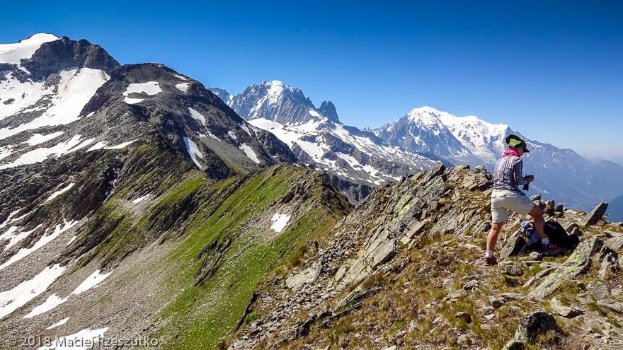 Grandes Autannes · Alpes, Massif du Mont-Blanc, Vallée de Chamonix, FR · GPS 46°1'10.39'' N 6°58'52.72'' E · Altitude 2680m