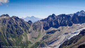 Grandes Autannes · Alpes, Massif du Mont-Blanc, Vallée de Chamonix, FR · GPS 46°1'10.27'' N 6°58'53.06'' E · Altitude 2680m
