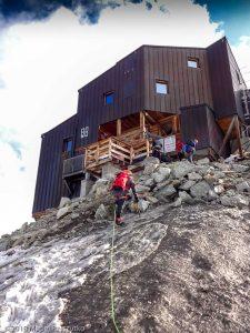 Une petite remontée au Refuge des Cosmiques · Alpes, Massif du Mont-Blanc, Vallée de Chamonix, FR · GPS 45°52'35.09'' N 6°53'14.56'' E · Altitude 3622m