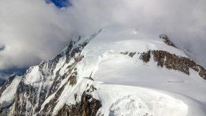 Vue depuis le sommet du Mont Maudit · Alpes, Massif du Mont-Blanc, Vallée de Chamonix, FR · GPS 45°50'50.65'' N 6°52'33.38'' E · Altitude 4465m