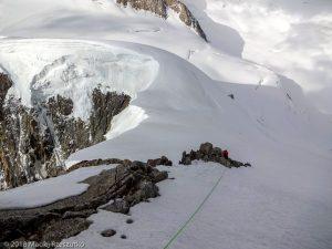 Descente au Col de la Brenva · Alpes, Massif du Mont-Blanc, Vallée de Chamonix, FR · GPS 45°50'50.14'' N 6°52'31.57'' E · Altitude 4386m