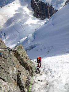 Descente en rappel du Col du Mont Maudit · Alpes, Massif du Mont-Blanc, Vallée de Chamonix, FR · GPS 45°50'55.96'' N 6°52'24.88'' E · Altitude 4345m