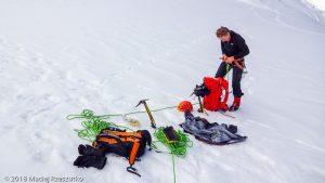 - · Alpes, Massif du Mont-Blanc, Vallée de Chamonix, FR · GPS 45°51'12.85'' N 6°52'59.65'' E · Altitude 4024m