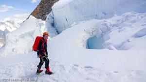 Dans la descente du Tacul · Alpes, Massif du Mont-Blanc, Vallée de Chamonix, FR · GPS 45°51'42.92'' N 6°53'0.42'' E · Altitude 3841m