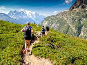 Descente à Montroc · Alpes, Massif du Mont-Blanc, Vallée de Chamonix, FR · GPS 46°0'44.66'' N 6°56'10.64'' E · Altitude 2043m