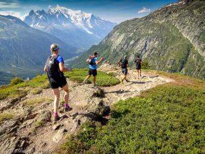 Descente à Montroc · Alpes, Massif du Mont-Blanc, Vallée de Chamonix, FR · GPS 46°0'35.66'' N 6°56'4.29'' E · Altitude 2002m