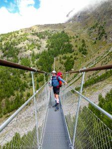 Passerelle suspendu · Alpes, Alpes valaisannes, Massif des Mischabels, CH · GPS 46°5'58.63'' N 7°47'59.64'' E · Altitude 2054m