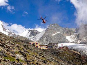 Domhutte · Alpes, Alpes valaisannes, Massif des Mischabels, CH · GPS 46°6'12.48'' N 7°48'58.63'' E · Altitude 2862m