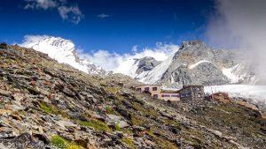 Domhutte · Alpes, Alpes valaisannes, Massif des Mischabels, CH · GPS 46°6'12.49'' N 7°48'58.97'' E · Altitude 2866m