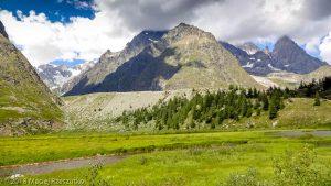 Lac Combal · Alpes, Massif du Mont-Blanc, Val Veny, IT · GPS 45°46'23.54'' N 6°51'52.52'' E · Altitude 1969m