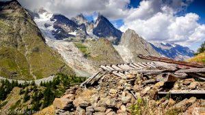 Arête du Mont Favre · Alpes, Massif du Mont-Blanc, Val Veny, IT · GPS 45°46'29.22'' N 6°52'32.54'' E · Altitude 2067m