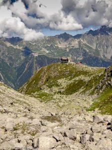 Moraine droite du Glacier des Pèlerins · Alpes, Massif du Mont-Blanc, Vallée de Chamonix, FR · GPS 45°53'44.16'' N 6°53'19.23'' E · Altitude 2380m