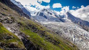 Gare des Glaciers · Alpes, Massif du Mont-Blanc, Vallée de Chamonix, FR · GPS 45°53'16.39'' N 6°52'27.51'' E · Altitude 2419m