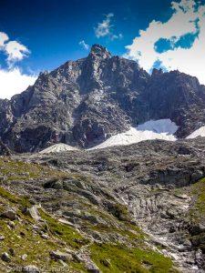 Gare des Glaciers · Alpes, Massif du Mont-Blanc, Vallée de Chamonix, FR · GPS 45°53'15.98'' N 6°52'27.51'' E · Altitude 2422m