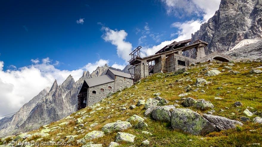 Gare des Glaciers · Alpes, Massif du Mont-Blanc, Vallée de Chamonix, FR · GPS 45°53'16.85'' N 6°52'23.27'' E · Altitude 2386m