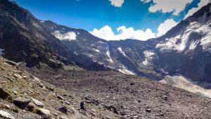 - · Alpes, Massif du Mont-Blanc, Traversée vers la Refuge de Pla, FR · GPS 45°49'58.80'' N 6°47'25.33'' E · Altitude 2549m