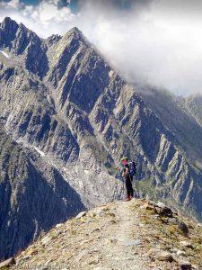 Refuge de Plan-Glacier · Alpes, Massif du Mont-Blanc, Descente aux Chalets de Miage, FR · GPS 45°49'57.08'' N 6°47'44.14'' E · Altitude 2645m