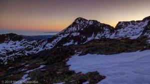 Levé du jour au Montcalm · Pyrénées, Pyrénées ariégeoises, Vallée de I'Artigue, FR · GPS 42°40'28.78'' N 1°23'57.15'' E · Altitude 2824m
