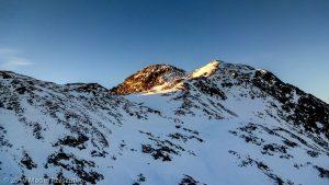 Levé du jour au Montcalm · Pyrénées, Pyrénées ariégeoises, Vallée de I'Artigue, FR · GPS 42°40'16.50'' N 1°24'4.81'' E · Altitude 2937m