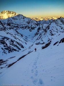 Levé du jour au Montcalm · Pyrénées, Pyrénées ariégeoises, Vallée de I'Artigue, FR · GPS 42°40'16.44'' N 1°24'5.06'' E · Altitude 2941m