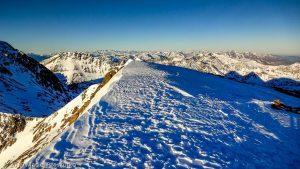 Sommet du Montcalm · Pyrénées, Pyrénées ariégeoises, Vallée de I'Artigue, FR · GPS 42°40'18.78'' N 1°24'22.76'' E · Altitude 3077m
