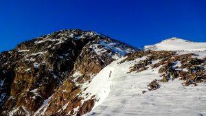 À l'approche de la Pique d'Estats · Pyrénées, Pyrénées ariégeoises, Vallée de I'Artigue, FR · GPS 42°40'6.23'' N 1°23'58.88'' E · Altitude 3007m