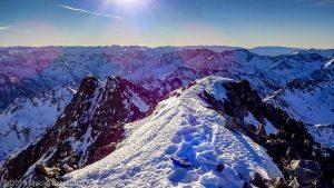 Sommet de la Pique d'Estats · Pyrénées, Pyrénées ariégeoises, Vallée de I'Artigue, FR · GPS 42°40'1.17'' N 1°23'52.40'' E · Altitude 3115m