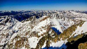 Sommet de la Pique d'Estats · Pyrénées, Pyrénées ariégeoises, Vallée de I'Artigue, FR · GPS 42°40'1.16'' N 1°23'52.40'' E · Altitude 3117m
