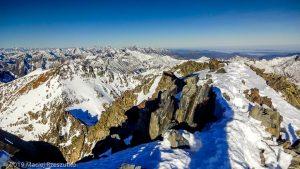 Sommet de la Pique d'Estats · Pyrénées, Pyrénées ariégeoises, Vallée de I'Artigue, FR · GPS 42°40'1.14'' N 1°23'52.41'' E · Altitude 3117m