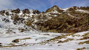 Étang du Siscar · Pyrénées, Pyrénées ariégeoises, Vallée de Mérens, FR · GPS 42°35'55.88'' N 1°44'52.69'' E · Altitude 2214m