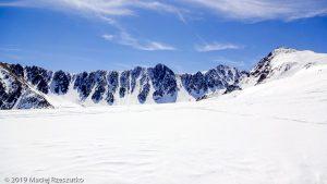 Pic de la Mina · Pyrénées, Pyrénées orientales, Puymorens, FR · GPS 42°32'46.59'' N 1°46'17.41'' E · Altitude 2414m