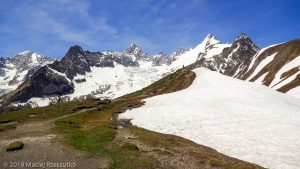 Grand Col Ferret · Alpes, Massif du Mont-Blanc, Val Ferret Italien, IT · GPS 45°53'20.76'' N 7°4'39.97'' E · Altitude 2472m