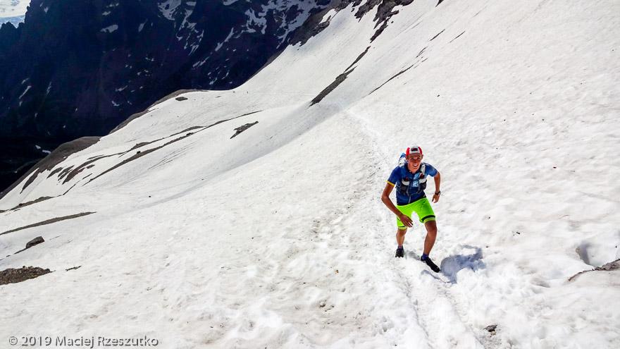 Mont Buet par le Vallon de Bérard · Alpes, Aiguilles Rouges, FR · GPS 46°0'46.10'' N 6°51'4.43'' E · Altitude 2529m