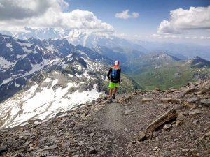 Mont Buet par le Vallon de Bérard · Alpes, Aiguilles Rouges, FR · GPS 46°1'11.53'' N 6°51'3.62'' E · Altitude 2846m
