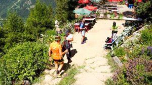 Chalet du Chapeau · Alpes, Massif du Mont-Blanc, Vallée de Chamonix, FR · GPS 45°56'53.82'' N 6°55'2.05'' E · Altitude 1505m