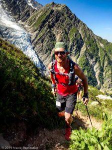 Montée à la mythique Jonction, glacier du Taconnaz derrière · Alpes, Massif du Mont-Blanc, Vallée de Chamonix, FR · GPS 45°52'57.32'' N 6°51'7.58'' E · Altitude 2088m