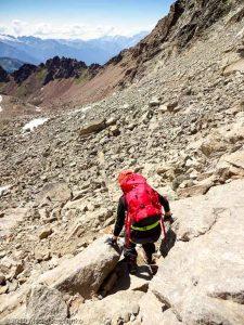 La descente par la voie normale · Alpes, Alpes grées, Val d'Aoste, IT · GPS 45°40'26.16'' N 7°23'8.43'' E · Altitude 3139m