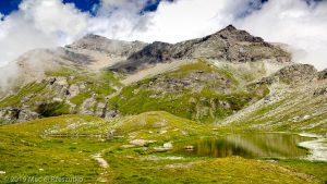 Testa Grigia depuis le Lac Pinter · Alpes, Val d'Aoste, Vallée d'Ayas, IT · GPS 45°49'1.57'' N 7°46'51.71'' E · Altitude 2641m
