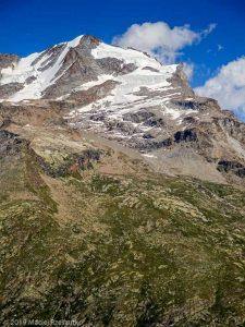 Vue sur le Massif du Grand Paradis · Alpes, Val d'Aoste, Parc National du Grand Paradis, IT · GPS 45°31'31.58'' N 7°10'51.71'' E · Altitude 2465m