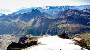 Panorama depuis le sommet du Petit Mont Blanc · Alpes, Massif du Mont-Blanc, Val Vény, IT · GPS 45°47'30.31'' N 6°49'58.91'' E · Altitude 3424m