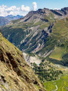 Dans la descente du bivouac Gino Rainetto · Alpes, Massif du Mont-Blanc, Val Vény, IT · GPS 45°46'51.68'' N 6°50'51.98'' E · Altitude 2548m